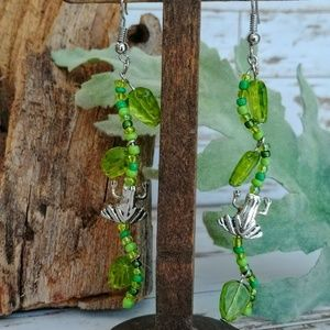 Jewelry - Tree Frog Glass Earrings